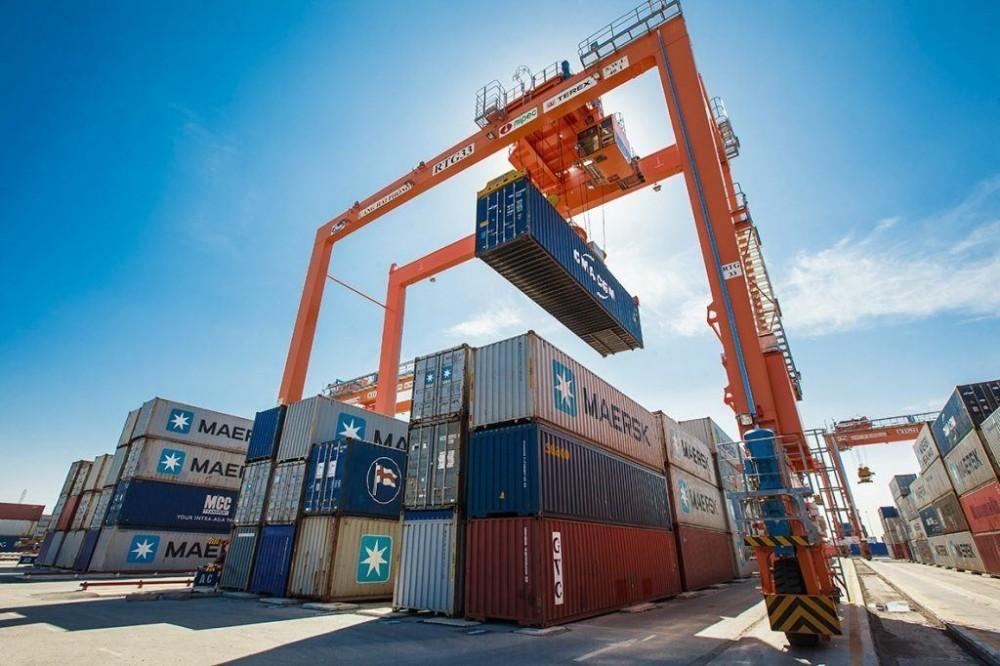 Cảng cạn có vai trò quan trọng trong việc tăng cường kết nối các phương thức vận tải và san sẻ gánh nặng hàng hóa cho khu vực cảng biển