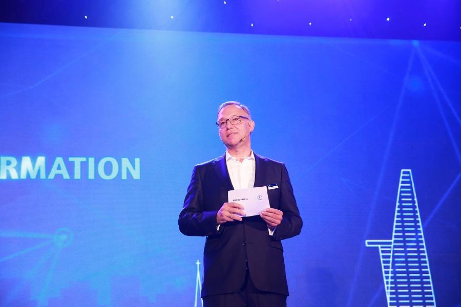 Ông Detlef Trefgzer - Tổng giám đốc Tập đoàn Kuehne + Nagel AG
